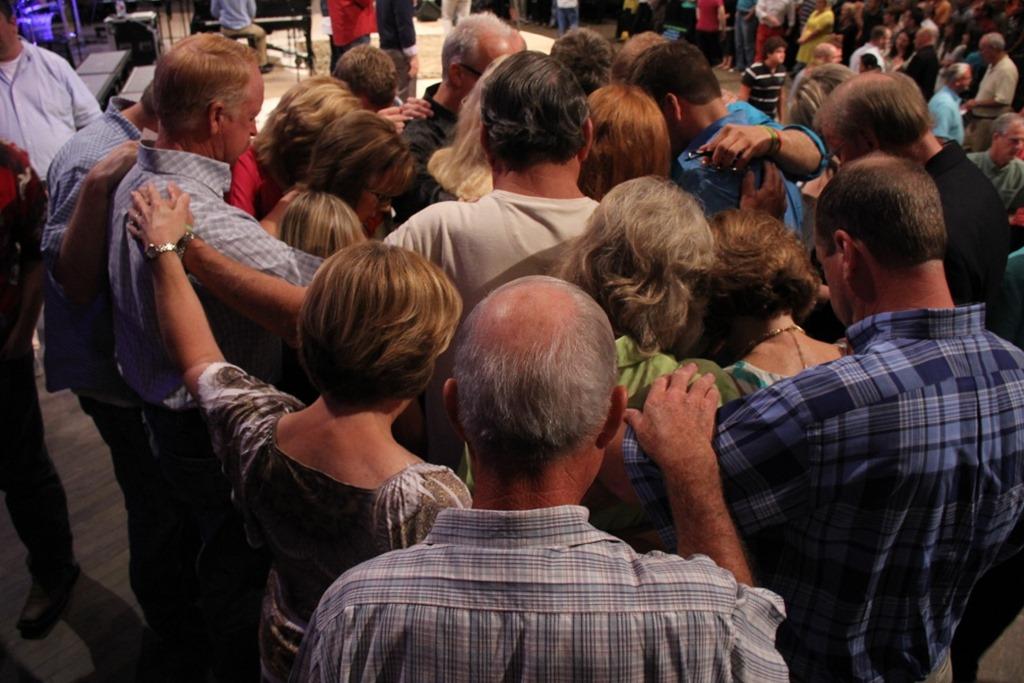 Altar-prayer.jpg